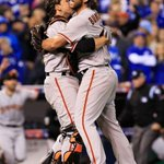 Remember this? That was fun. #BusterHugs #SFGChampions RT to vote #BusterPosey #FaceOfMLB http://t.co/4R6NEequK9