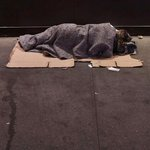 The number of homeless people sleeping rough in #Sydney CBD is on the rise: http://t.co/j4RazNBxKM http://t.co/Jx8g5QK7fq