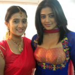RT @KHPFA: Rare and cute pic of @actressharshika & @priyamani6 http://t.co/eRHGiW1RFe