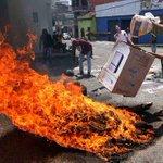 Táchira, el más indignado. Continúan protestas contra el gobierno de Nicolás Maduro. http://t.co/zTXiLcPRpp http://t.co/boqkR9spVc