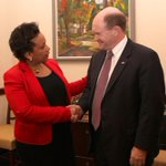 Loretta Lynch is eminently qualified to be attorney general. She deserves a vote. #ConfirmLynch http://t.co/V9MqSFmn3C
