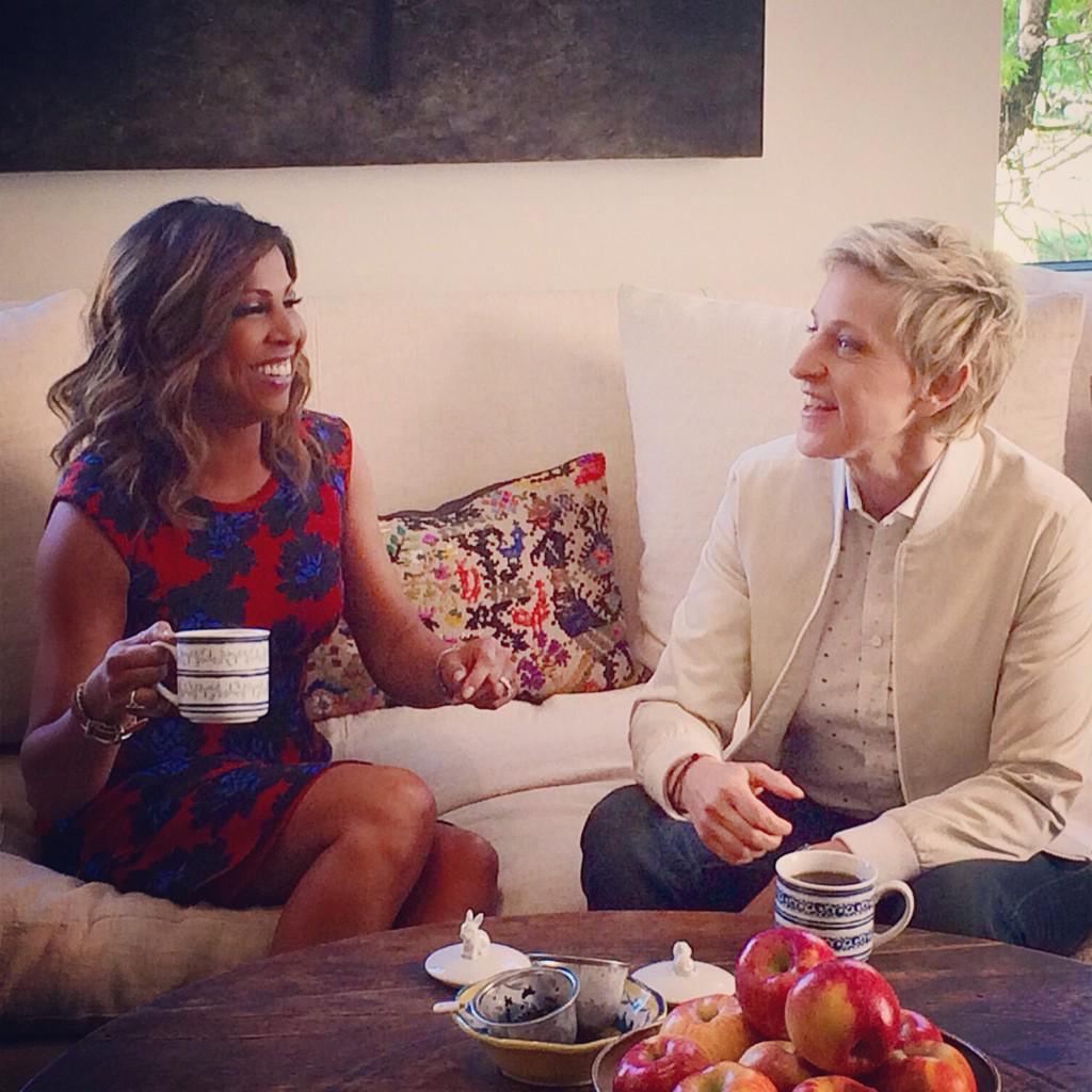 Quiet moment b4 Ellen put me thru the ringer testing my skills as her new brand ambassador!Watch @theellenshow TODAY! http://t.co/yokRfcEbwK