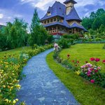 Mănăstirea Bârsana, Maramureş #Romania http://t.co/pJ4ZlrAiJH