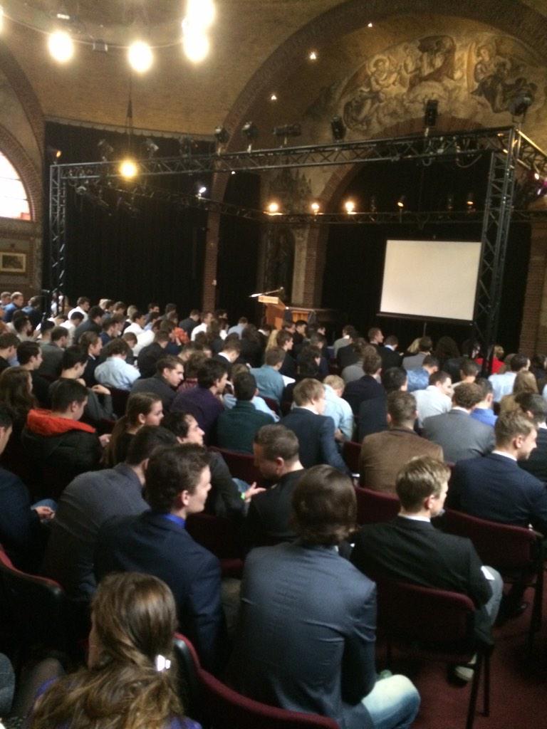 We zijn begonnen, net een inspirerende kick off van @bovano nu de start van #SPECOCD15 http://t.co/ibtqHI2NwL