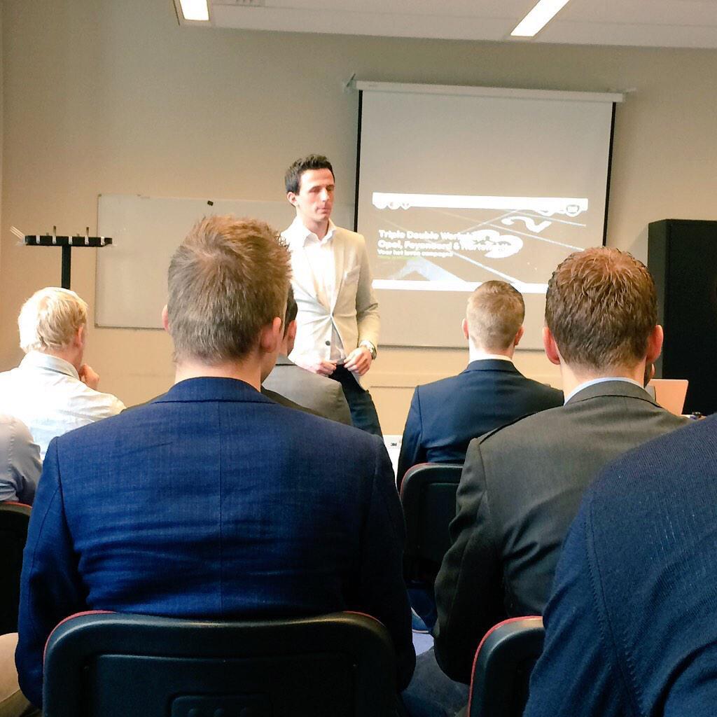 RT @kristelvdijk: Workshop van @TripleDoubleNL over Opel, Feyenoord en de Hartstichting #SPECOCD15 #TripleDouble http://t.co/c7tuw1NQM9