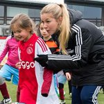 De #AjaxVrouwen gaven woensdag een succesvolle clinic op de Toekomst. http://t.co/alSmmerWpj