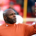 """@Horns247: ESPN ranks Texas as the best coaching job in America. #HookEm: http://t.co/XVu58O29RR http://t.co/tdR9oRKTK3"" aint no surprise"