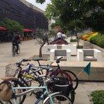 Gracias @plazamayormed por los bici park, seguro estarán llenos todo el tiempo. Necesitamos en cada edificio público http://t.co/tjR383eaVQ