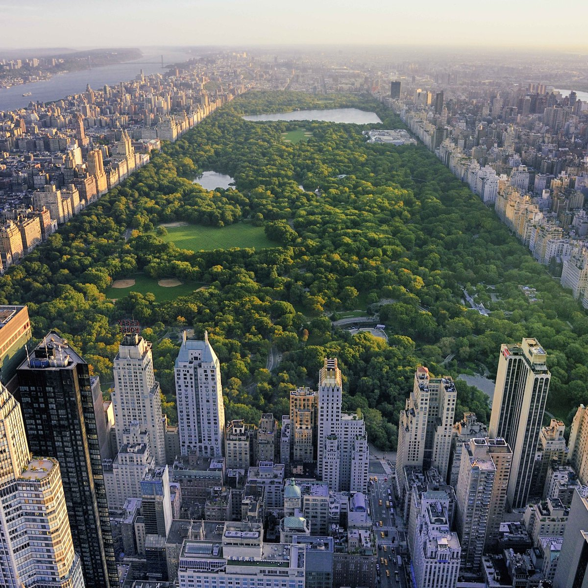 #TravelFact: If you walked all the paths in central park you would walk over 90 kms. #workit http://t.co/jpFjmgE8bG