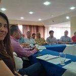 Estamos reunidos con la dirección departamental del CDEMOCRÀTICO en el Tolima http://t.co/8kgo1w4Xnx
