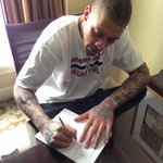 OFFICIAL: The @MiamiHEAT have signed F Michael Beasley to a 10-day contract - http://t.co/p8DKRjxhsK http://t.co/ue50Cr4Y9D