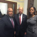 w/ DHS Sec. Jeh Johnson and @HomelandDems talking DHS funding deadline and how it affects the Virgin Islands http://t.co/LYtb5rJEyb
