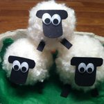 Thanks @walesdotcom for the super fun #StDavidsDay craft idea! We love our little pom pom Welsh sheep family! X http://t.co/f4PwenEwCt