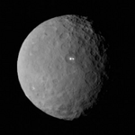 That spooky white spot on Ceres? New photos show two of them. http://t.co/Oe6akMDs8r http://t.co/1kOnYzqgYI