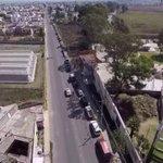 Captan en video fila de 2 km en el verificentro de Cholula http://t.co/RAJ1Bgd9xh http://t.co/V3MDjH47OY