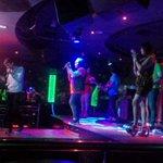 Perform Benk (vocalis Peri 13) #dragonpubPekanbaru http://t.co/82WSByHMpP