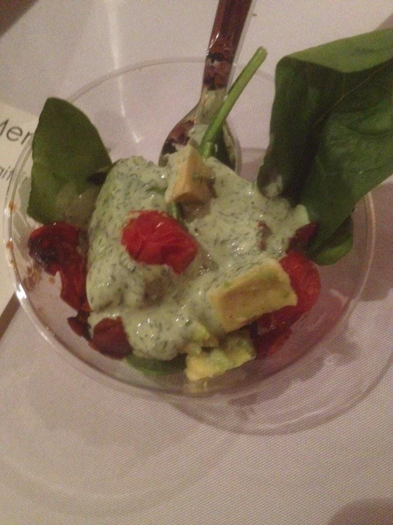 Fresh spinach, roasted tomato salad w/ bacon, avocado and Greek yogurt! One word...HEAVEN! #BeyondLI #dairyamazing http://t.co/ZlDeLlxFt0