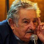 Mujica dará abrazo simbólico a Uruguay en su adiós presidencial http://t.co/OHC7iIFDLm http://t.co/a1CwLWmNbU