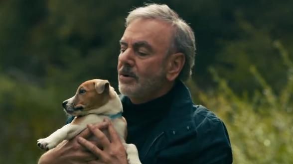 Neil Diamond Adopts Rescue Puppies: http://t.co/hsCDMYiLSM via @dogtipper #dogs #pets http://t.co/ElwTDz4dww