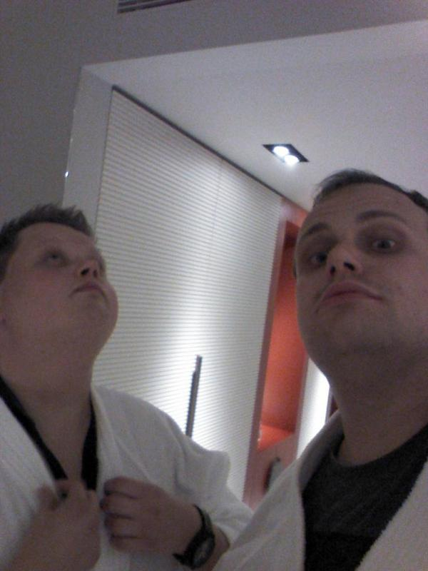 Being all swag with @orjan_nilsen #tourlife #taipei http://t.co/vhkmQeJd8D