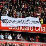 Liverpool fans protested against ticket prices during the Reds match vs Hull. #LFC #MOTD http://t.co/AcVB7NITAA http://t.co/SGs15zff9a