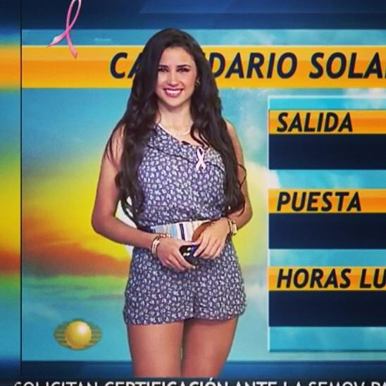Susana Almeida (@Susyalmeida1): Recuerden que mañana domingo 26 de octubre debemos atrasar el reloj una hora porque inicia el horario de invierno. http://t.co/3bZpRSA1Qf