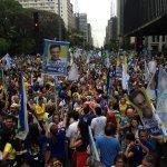 """RT @AdrianoLourenco: """"@VejaSP: Manifestantes da marcha tucana na Paulista foram convocados por Whatsapp e redes socias #vejaspeleicoes http://t.co/mhnMSn0bzt"""""""