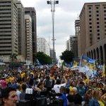 Viu isso, @GaudTorquato? Manifestação pró Aécio na Avenida Paulista agora ha pouco. http://t.co/wjH7rsKYs4