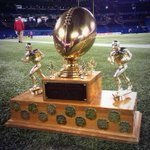 RT @Ticats: The Ballard Trophy, awarded annually to the winner of the #Ticats/#Argos season series, is on the line today. #CFL http://t.co/wcMHmavVi0