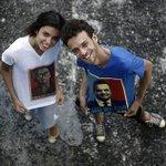 RT @folha_com: Em paz, casal de amigos sai do armário eleitoral: http://t.co/w6Id169JZl http://t.co/FacHHtgSTv