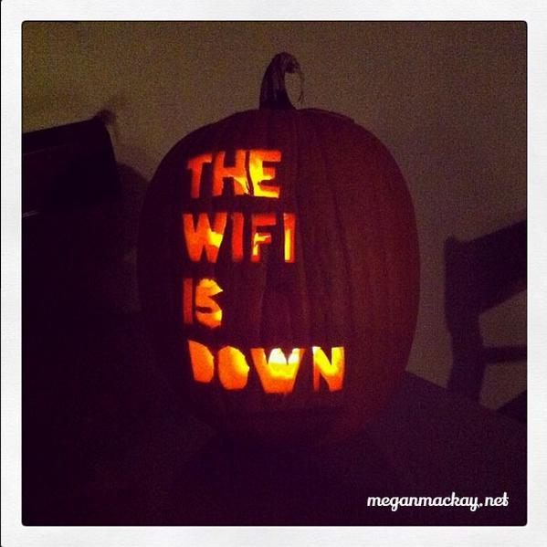 AHHHHHHHHH !! RT @MeredithFrost: Perhaps the single most terrifying Halloween pumpkin ever carved. http://t.co/C11ptxjc6M
