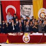 FOTO | Galatasaray Spor Kulübü Başkanı Prof. Dr. Duygun Yarsuvat ve Yönetim Kurulu http://t.co/yb5wwf4wst