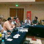 RT @MerkadoACA: @ricardorobless en conferencia para empresarios y profesionistaa en #MerkadoVIP #Acapulco http://t.co/CCveN31SF9