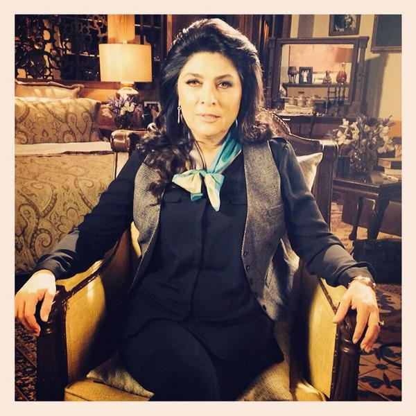 Platicando con mi querida #Cristina (@victoriaruffo31) para el especial de La Malquerida #RumboAlGranFinal http://t.co/w1OYYZDR7E