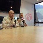 RT @fdeIrinconVZLA: Lilian Tintori: Hoy a las 7pm pronunciamiento de @leopoldolopez y a las 8pm El Barrotazo! #BarrotazoXLaLibertad http://t.co/FpJaBLl1aV