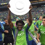 """""""@SoundersFC: .@oba_martins with the Supporters Shield! #MVP http://t.co/0iWHRf8z7Q http://t.co/iZrabzNTpR"""""""