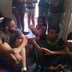 """Ahora estamos en Los Frailes de Catia, con los colectivos Abono, Pico y También están """"Los Chamos de la Cuadra"""". http://t.co/zKMcPehmVX"""
