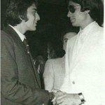 RT @MosesSapir: @Nikhil_Dwivedi Amitabh ji with Sanju baba @SrBachchan old pic http://t.co/gFIQeLFO8t