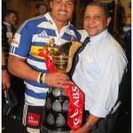 @JuanDeJongh and @AllisterCoetzee with the @CurrieCupRugby @WP_RUGBY @BrewerDHL @JudgeRugby http://t.co/oX33G40LYD