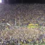 RT @JacquesDoucet: Fans storm field #LSU http://t.co/CCxoOvJwhb