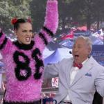 so @katyperry tell me about L-S-phew again? #GeauxTigers http://t.co/hw4UuxFezE