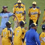 #JRW watches Mone throw the first pitch and DJ Butler has the appropriate reaction (EPA photo) @amandakaschube http://t.co/7g9Y1d9YEZ