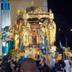RT @noticiaaldia: ¡SALVE REINA! La Chinita inicia procesión junto a su pueblo (+FOTOS) http://t.co/VKDfgJeOZm @noticiaaldia http://t.co/aYzpm1DNXq