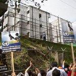RT @DiarioTalCual: CASTIGO MILITAR. Lilian Tintori denunció que Leopoldo López será trasladado a otro penal. http://t.co/31iO0a5lhv http://t.co/Bx2tjFbm30