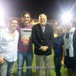 RT @vamosazules: Foto: Ex-figuras de Emelec, Alejandro Kenig, Carlos A. Juárez y Moisés Candelario junto al ex-dirigente Omar Quintana http://t.co/pJUErG208m