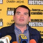 RT @contrapuntovzla: Tomás Guanipa denuncia traslado de Scarano, López y Ceballos http://t.co/QRPNt2uv8W #Política http://t.co/dxoZmam2ll