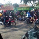RT @infobdg: #breakingNews via @hendra9182nda: Kecelakaan lalin jl ah nasution depan yon zipur mobil vs motor http://t.co/bYOCnAhtTq