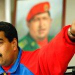 RT @maduradascom: ¡VOLÓ LOS TAPONES! Maduro se molestó cuando mujer le reclamó por no conseguir empleo http://t.co/FzKnGOzcNj http://t.co/gkDw9y2ATx