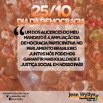 RT @jeanwyllys_real: Meu mandato amplia a democracia participativa. Junt@s nós podemos mais pelo nosso país! #DiaDaDemocracia http://t.co/HO7vTDhiPC