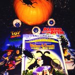 """RT @welcomebreak: #win a """"Spooky"""" Halloween treat - 3 scary DVDs to be won. RT to enter (ends 30/10) #WelcomeBreak http://t.co/GNwBPMj6bV"""